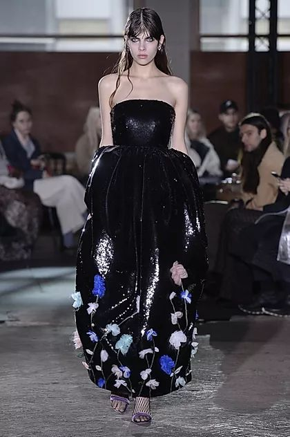 Inspiring Trends From LFW AW20.  Huishan Zhang appliquéd delicate roses onto a sequin ball gown.