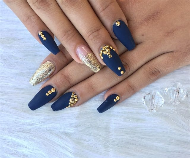 Day 78: Studded and Blinged Nail Art – – NAILS Magazine