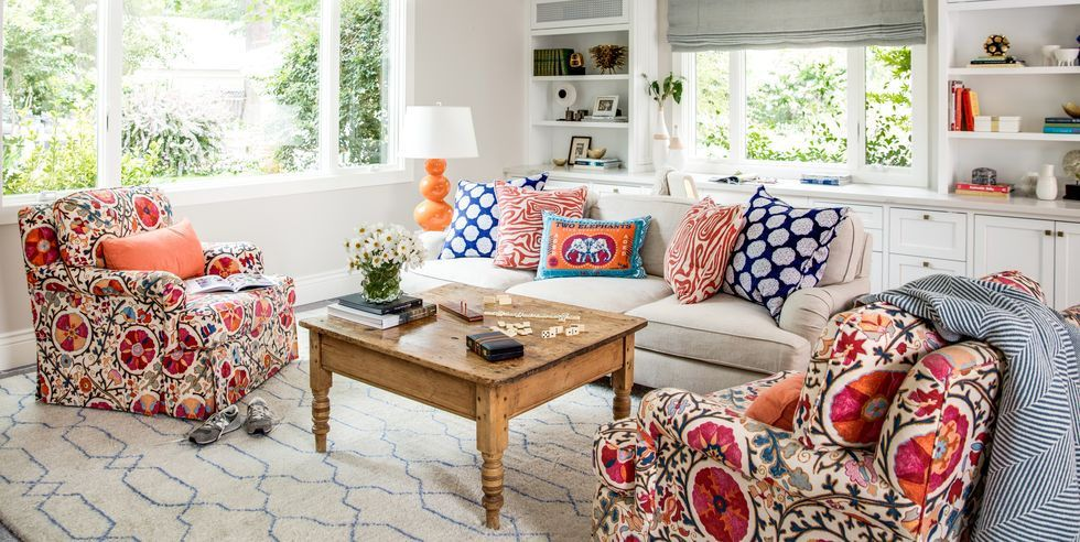 The Most Gorgeous—and Elegant—Colorful Family Rooms