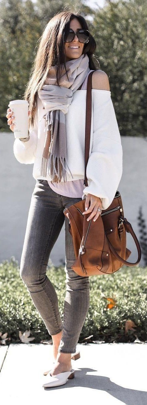 white off-shoulder long-sleeved shirt