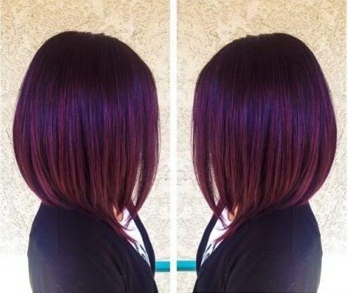 Carré plongeant violet | Cheveux courts, Cheveux, Cheveux framboise
