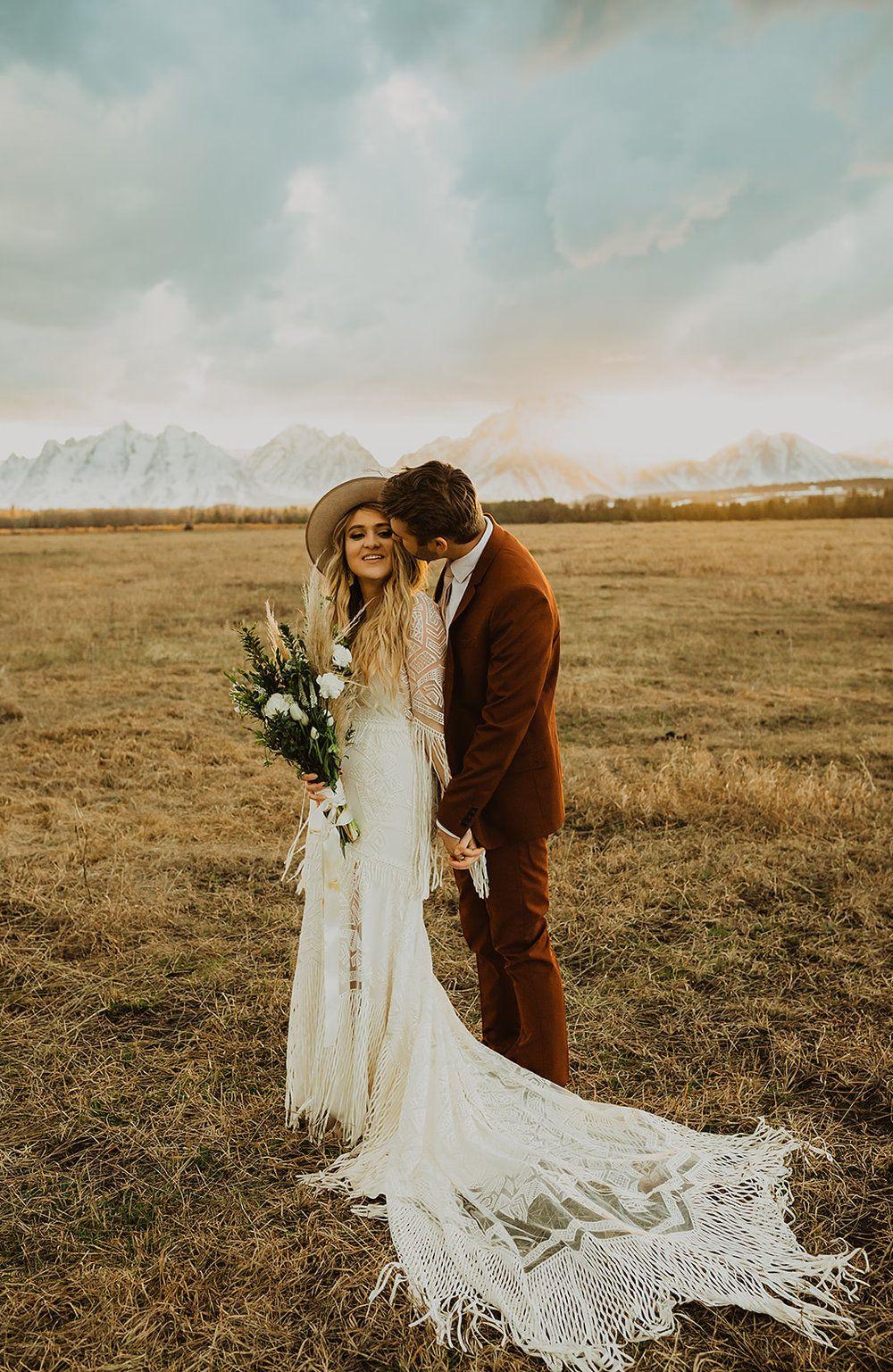 Belle the Bohemian Wedding Dress — Daci Gowns