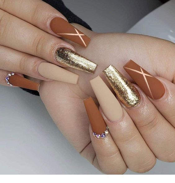 Gold and brown – long nails
