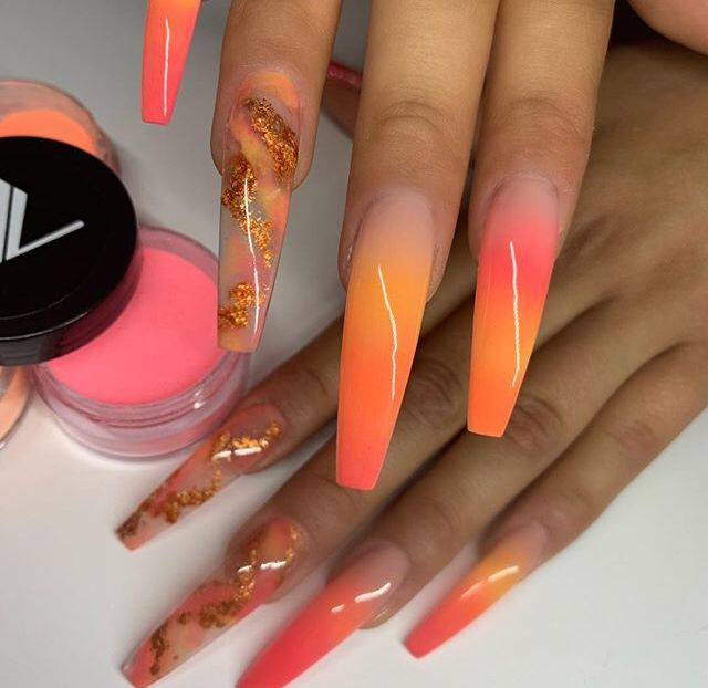 #peach #gold #orange #sunset #ombre #coffinnails #extra #dippowder #nailart