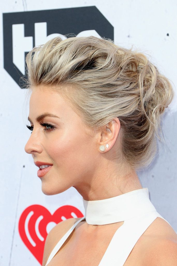 Updos Lookbook: Julianne Hough wearing Pompadour (2 of 9). Julianne Hough looked fab with her textured pompadour at the iHeartRadio Music Awards.