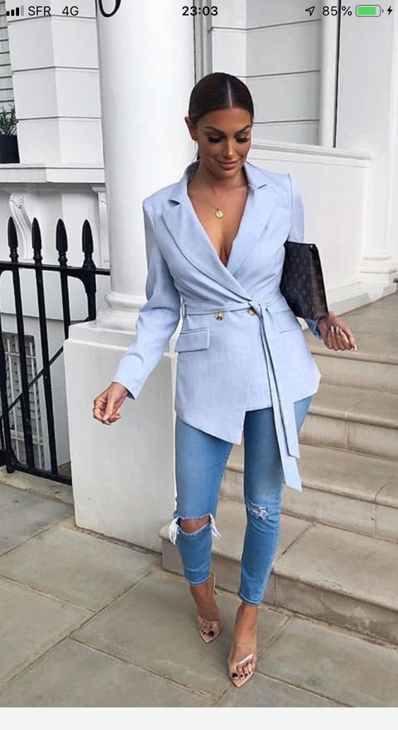 An amazing light blue blazer and jeans