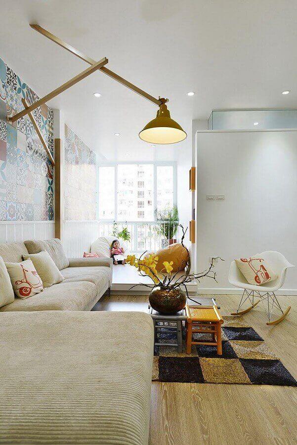 sala decorada com cadeira eames branca de balanço #cadeirabranca #cadeirabrancajantar #cadeirabrancaquarto