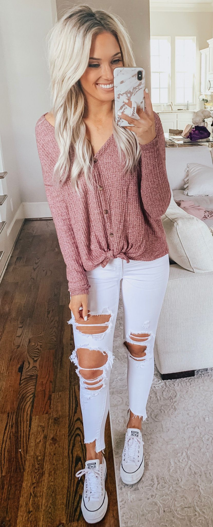 distressed white skinny jeans #spring #outfits