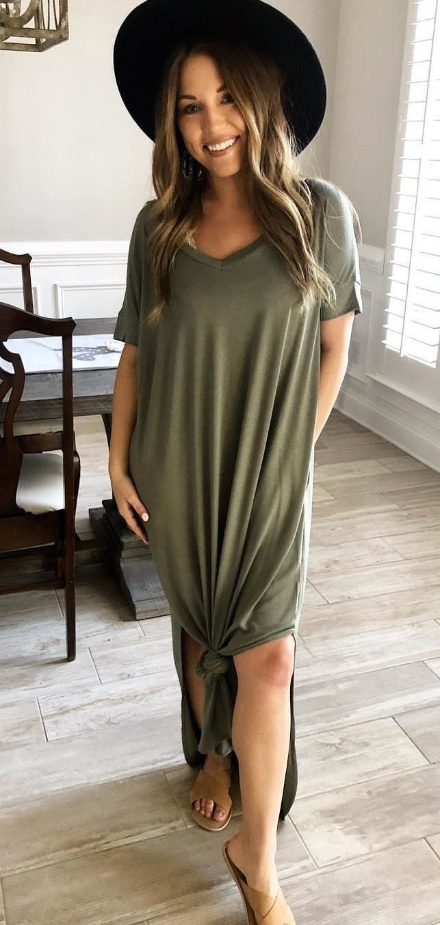 gray V-neck short-sleeved dress #spring #outfits