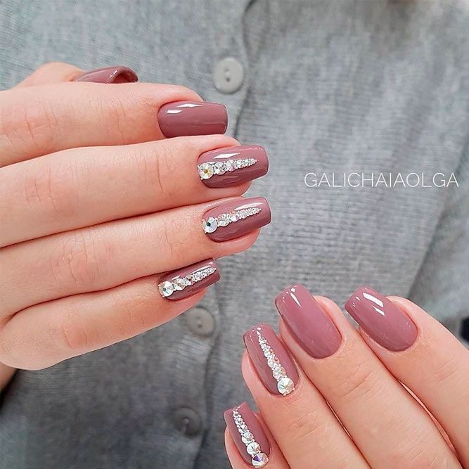 Short nude Nails With Rhinestones #rhinestones #squovalnails ★ Simple and natural design ideas to treat your nails with! #glaminati #lifestyle #nudenails