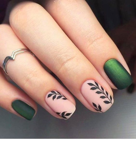 Green nails and some nice prints