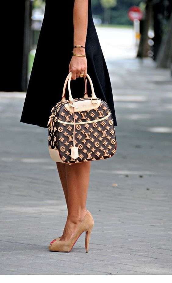 I like this LV bag