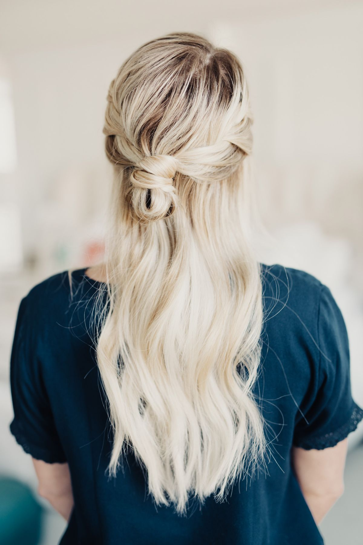 Hey everybody!!! I've got a really simple, but very beautiful hair tutorial for you today! Valentines Day is around the corner and I thought it'd be fun to share something a little bit fancier! I'll leave text instructions below for ya, it's super easy. I hope you guys love the romantic french braided bun!