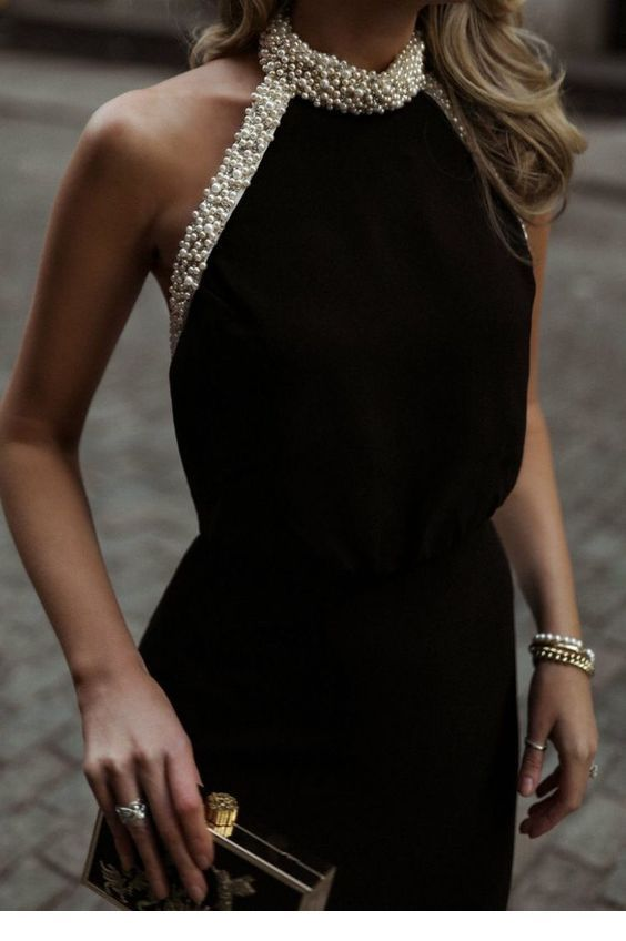 Chic black dress with pearls
