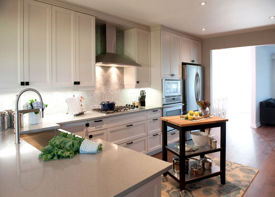 property brothers w network kitchen design kitchen renovations nicole and colby episode. Black Bedroom Furniture Sets. Home Design Ideas