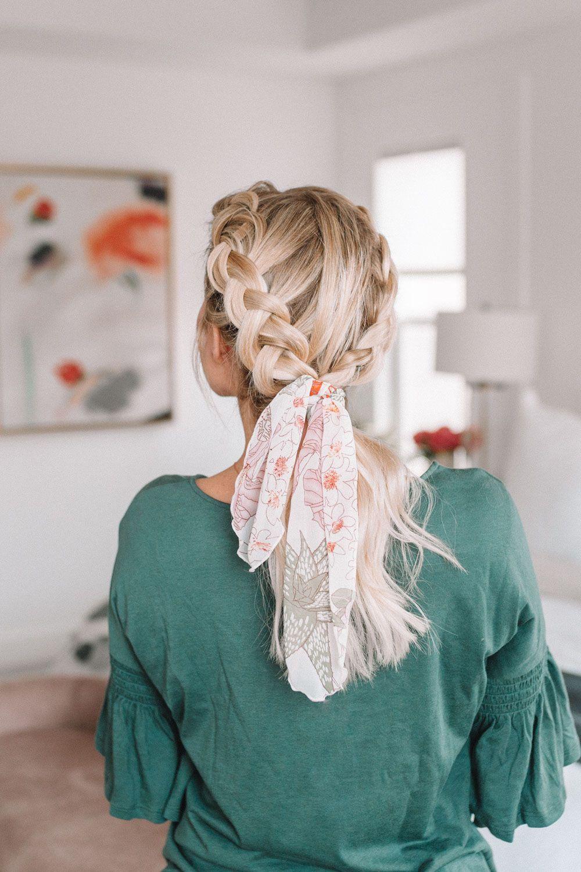 10 ways to wear a hair scarf for medium length hair. The perfect braid for spring hair with www.twistmepretty.com #braidwithscarf