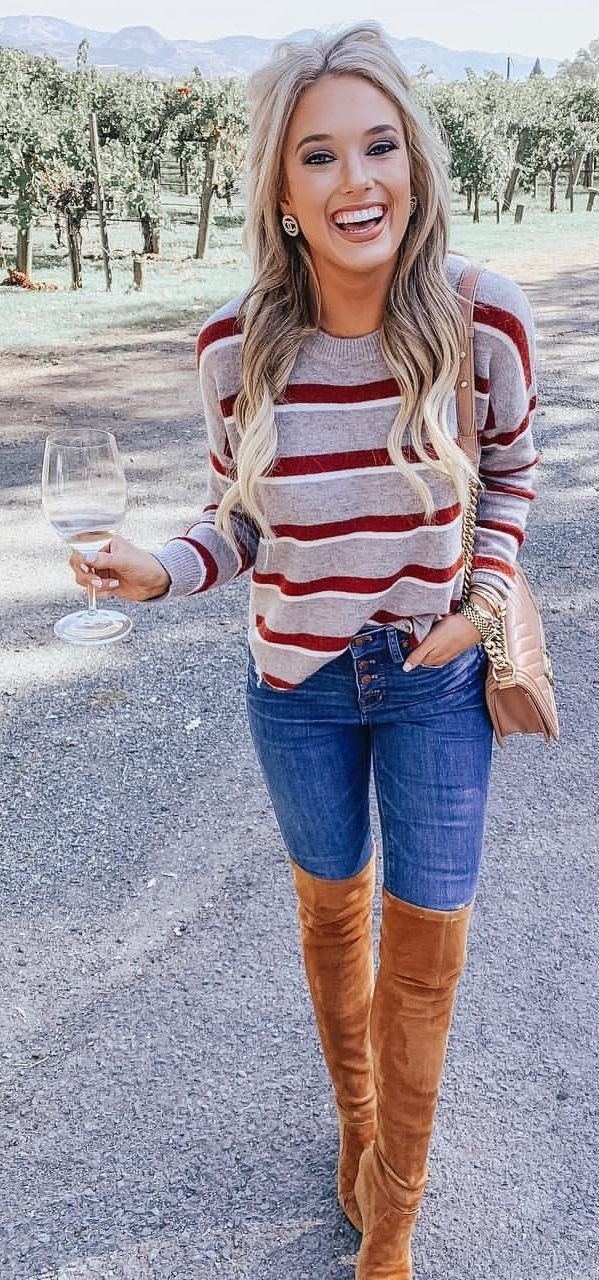 gray and maroon striped long-sleeved shirt