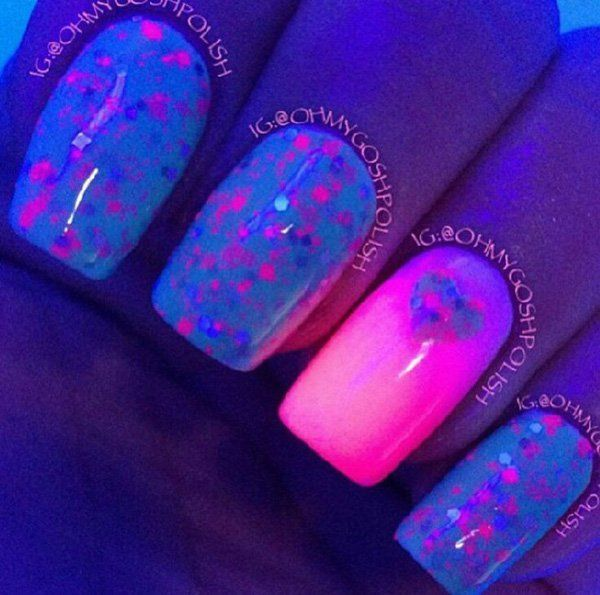 Fill your glow in the dark nail polish with adorable little beads and hearts. Use a striking glow base coat for this concept while filling the rest of the nails with beads and matte nail polish to make the glow nail stand out.