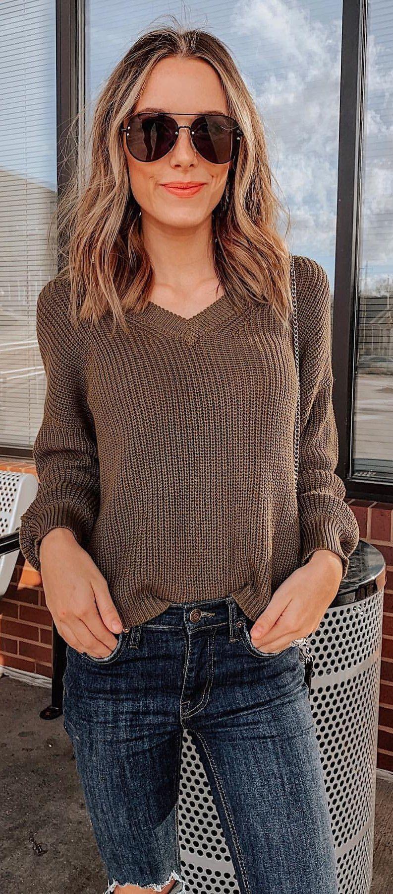 brown V-neck long-sleeved shirt
