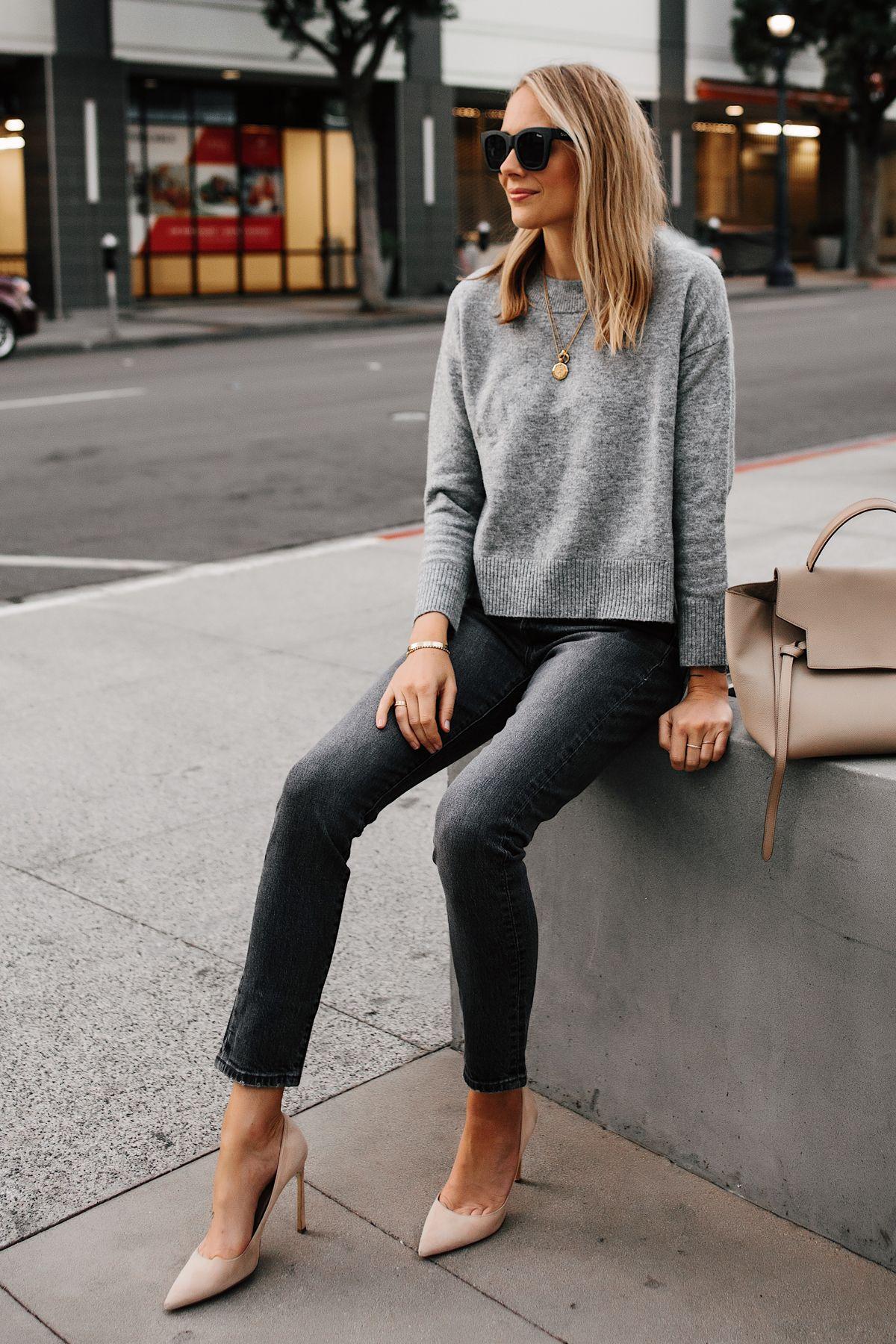 Blonde Woman Wearing Levis 501 Grey High Waist Skinny Jeans Grey Sweater Nude Pumps Fashion Jackson San Diego Fashion Blogger Street Style