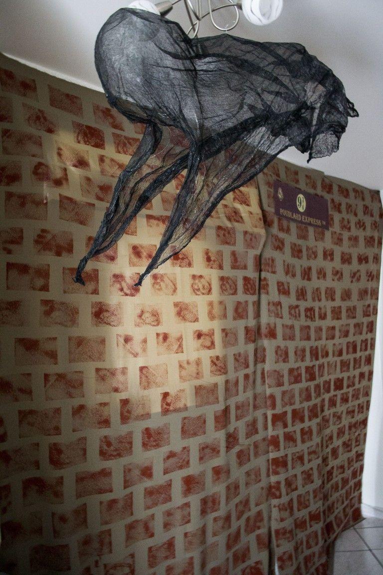 Peinture À L Éponge Sur Mur mur en tissu, décoré avec peinture à l'éponge. détraqueur en