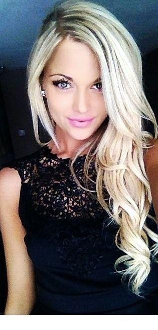 Nice side blonde curls