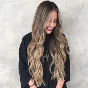 185 отметок «Нравится», 8 комментариев — Priscilla Cardenas (@hairbypris) в Instagram: «I wish I could hair paint virgin hair all day long🙌🏼💕 #hairpainting #balayage #highlights #brunette…»