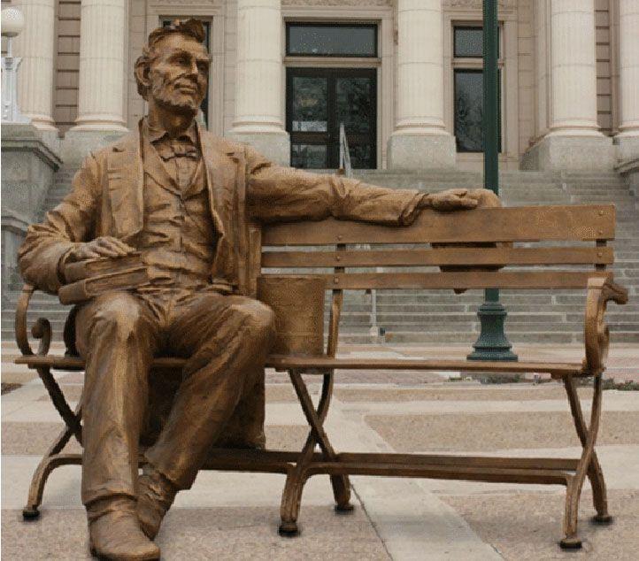 Abraham Lincoln. Bronze. Gary Lee Price (Twin Falls, ID, USA, 02/05/1955 - ). Encontrada na Fundação Art Around the Corner em St. George, estado de Utah, USA.