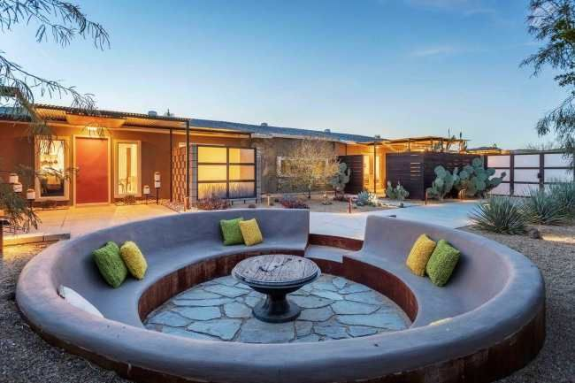 10 Airbnbs In Coachella Valley To Book If You're Going To Indio's Hottest Festival - Society19