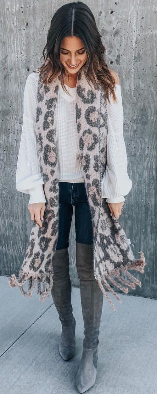 black and gray leopard print scarf