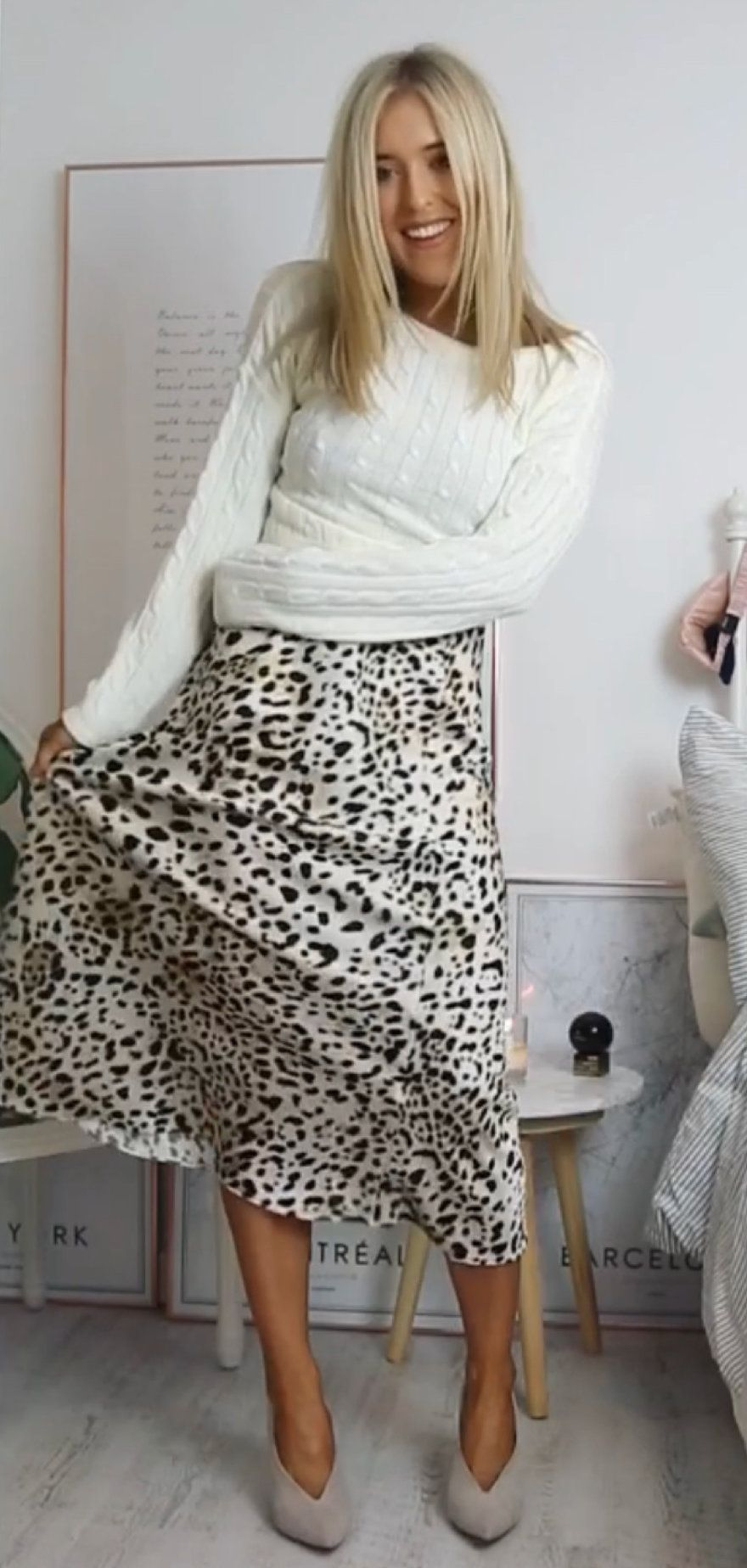 white and black leopard print scoop neck long sleeve shirt #winter #outfits