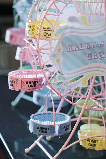 pastel carnival party by www.settingthemood.biz