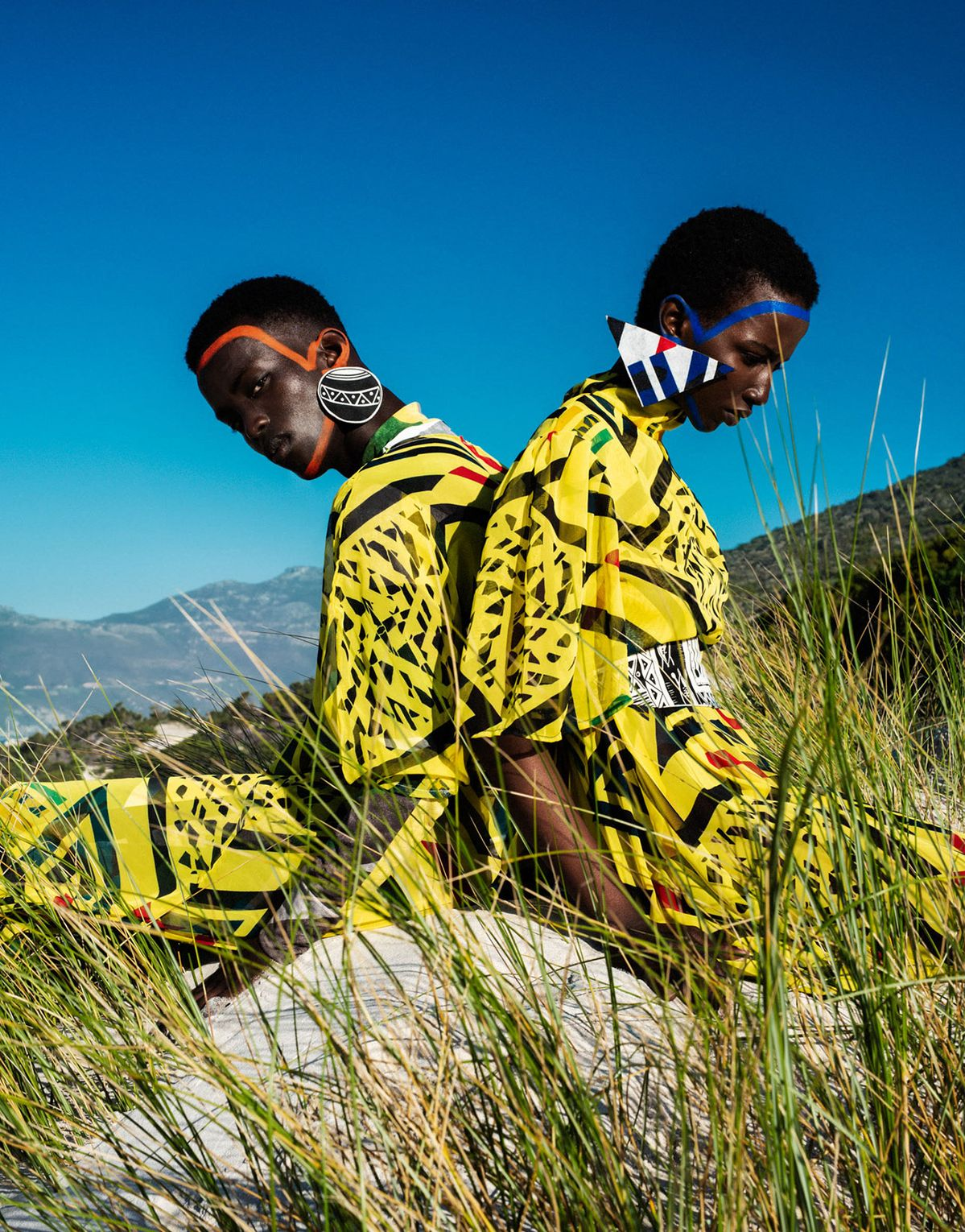 Desert fashion photography by Elena Iv-skaya for Africa is NOW Magazine.