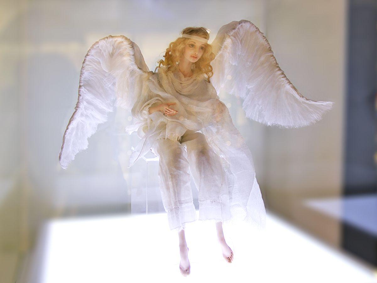 Ангел из Домика ангелов, попробуйте поймать её взгляд! Фото: Evgenia Shveda