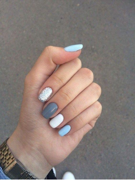 Blue, grey and white manicure