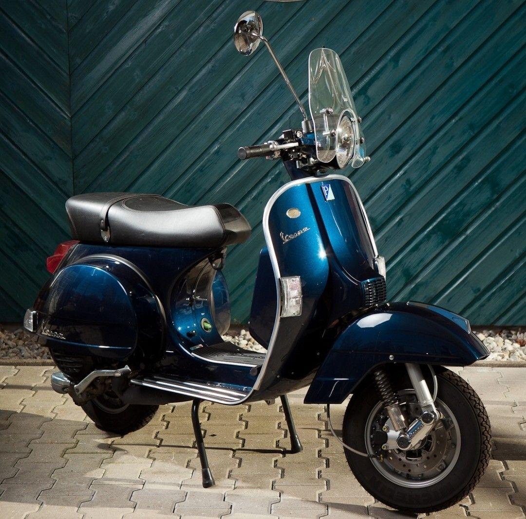 Modern Vespa : My retro 2012 PX
