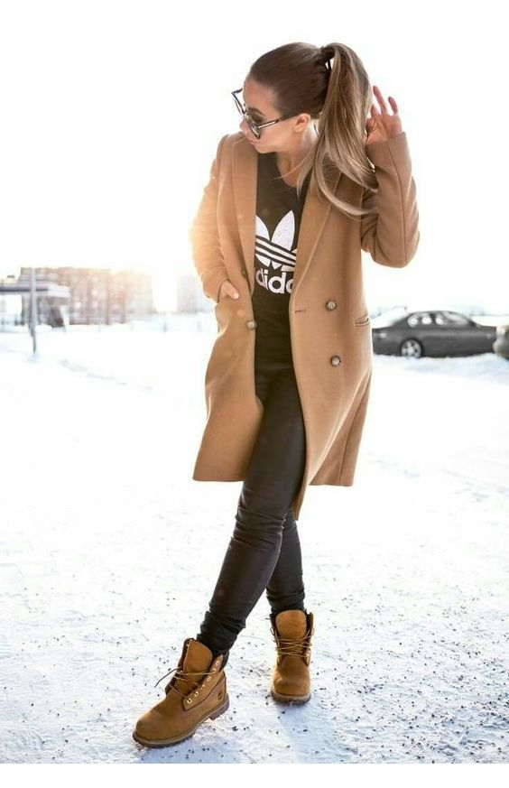 Black and beige sport style for street