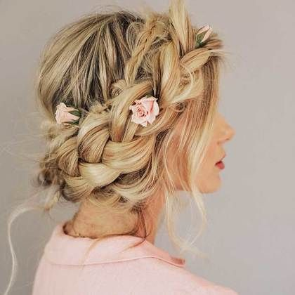 "25-romantic-prom-hairstyles-for-your-perfect-night_5<p><a href=""http://www.homeinteriordesign.org/2018/02/short-guide-to-interior-decoration.html"">Short guide to interior decoration</a></p>"
