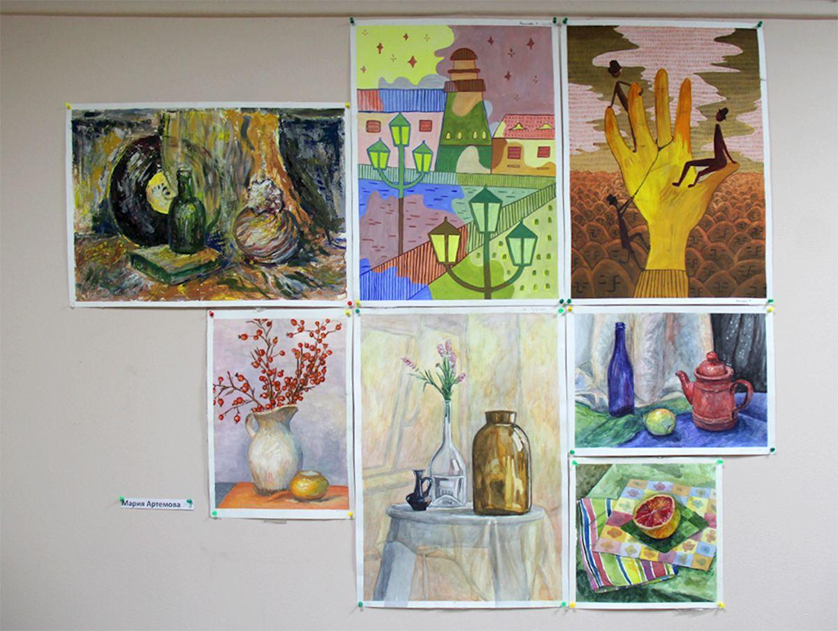 Работы Марии Артемовой на выставке