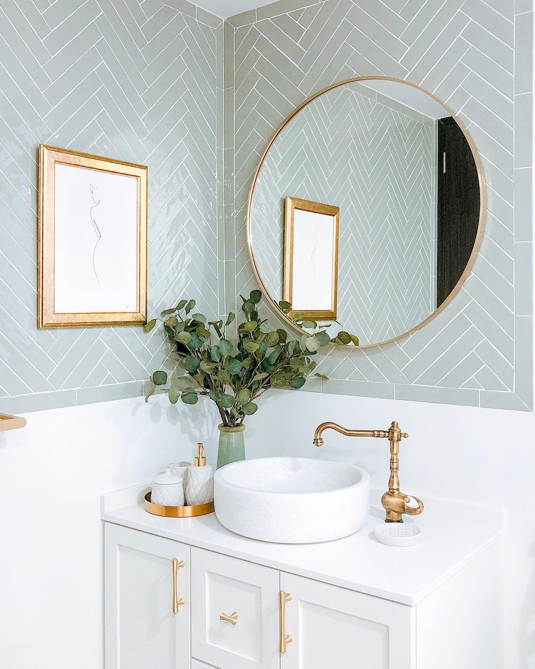 """Jade & Anthony on Instagram: """"Swipe right to see how we transformed this bathroom from renovation to styling! 🛁 - The final outcome of any space involves many behind the…"""""""