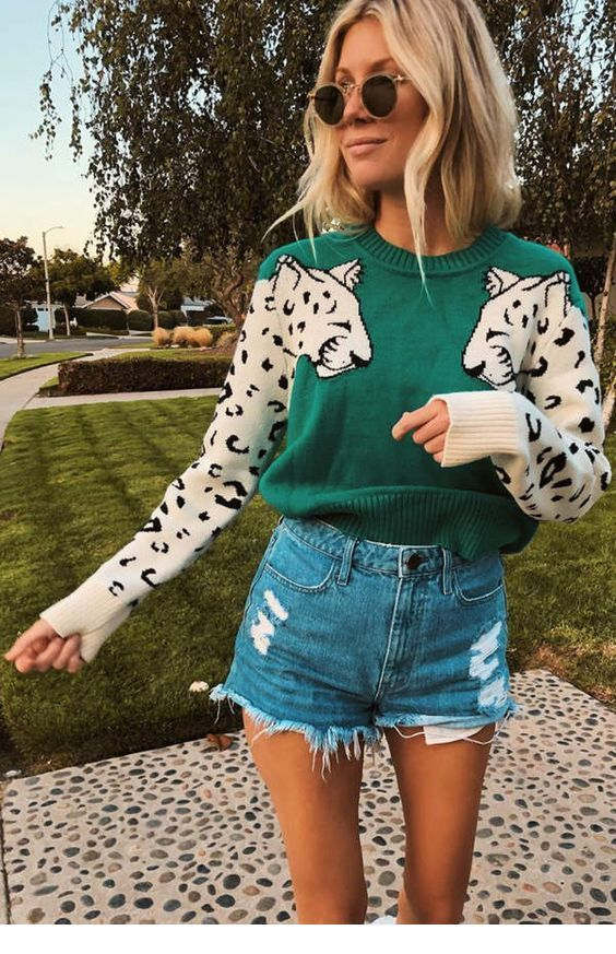 Chic leo printed blouse