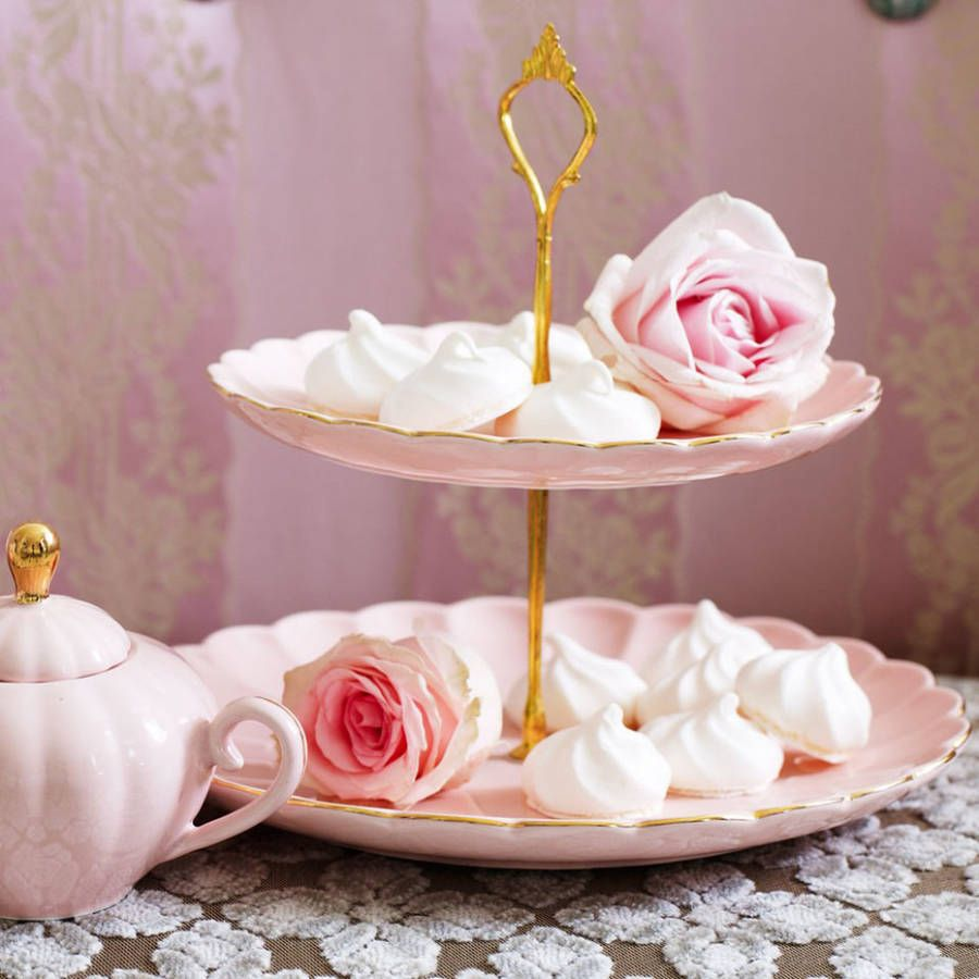 Isn't this just the prettiest looking cake stand from The Orchard? Available in blush pink or pastel blue (colours that are very on trend for vintage weddings), this cake stand would make a beautiful addition to your cake display