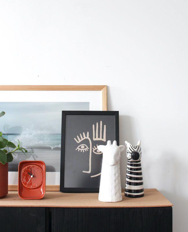 Ikea Hack : Un cabinet Ivar en noir et liège avec La Fabrique des Pieds | Shake My Blog