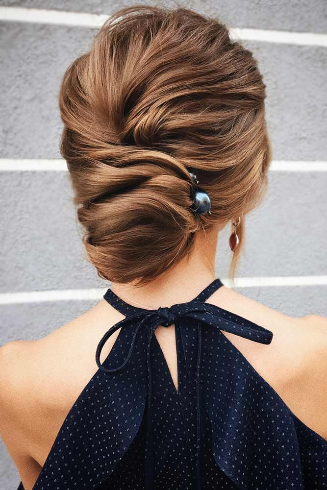 "A Low Bun With Elegant Pearl Accessories <a class=""pintag"" href=""/explore/bun/"" title=""#bun explore Pinterest"">#bun</a> <a class=""pintag"" href=""/explore/updo/"" title=""#updo explore Pinterest"">#updo</a> ★ Cute and easy bun hairstyles for short hair, shoulder length or for long hair. Pick a formal one for work or fancy events. ★ See more: <a href=""https://glaminati.com/bun-hairstyles/"" rel=""nofollow"" target=""_blank"">glaminati.com/…</a> <a class=""pintag"" href=""/explore/glaminati/"" title=""#glaminati explore Pinterest"">#glaminati</a> <a class=""pintag"" href=""/explore/lifestyle/"" title=""#lifestyle explore Pinterest"">#lifestyle</a><p><a href=""http://www.homeinteriordesign.org/2018/02/short-guide-to-interior-decoration.html"">Short guide to interior decoration</a></p>"