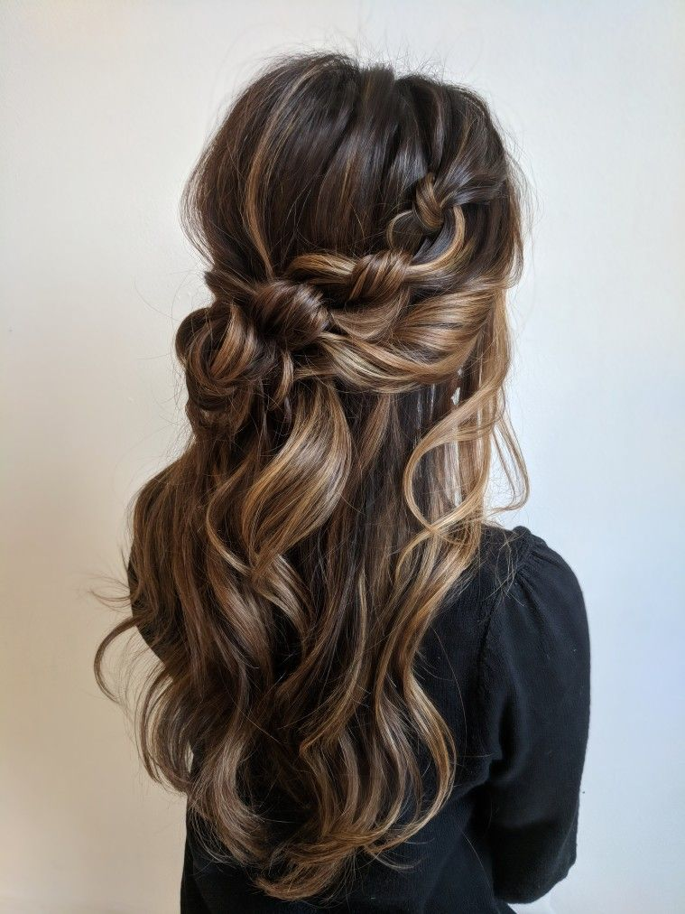 """Halfup with soft curls and details – hair by Sarahwhair (Instagram)<p><a href=""""http://www.homeinteriordesign.org/2018/02/short-guide-to-interior-decoration.html"""">Short guide to interior decoration</a></p>"""