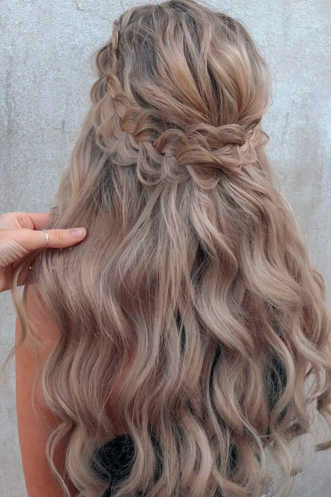 Braided Hal-Up Hairstyle #braidedhairstyles #longhairstyles ★ Are you looking for cute hairstyles that are trendy, as well? We have gathered the loveliest hairstyles that are ideal to wear on a first date. #glaminati #lifestyle #cutehairstyles