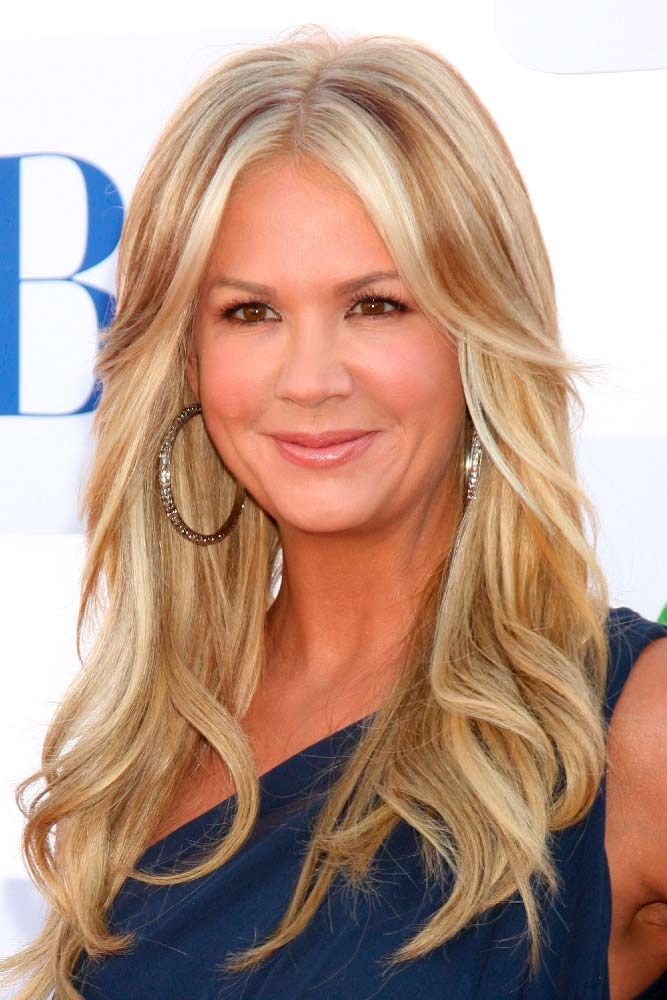"Wavy Blonde Layered Hair With Highlights <a class=""pintag"" href=""/explore/nancyodell/"" title=""#nancyodell explore Pinterest"">#nancyodell</a> <a class=""pintag"" href=""/explore/blondehighlights/"" title=""#blondehighlights explore Pinterest"">#blondehighlights</a> <a class=""pintag"" href=""/explore/blondehair/"" title=""#blondehair explore Pinterest"">#blondehair</a> ★ There are so many long haircuts that your hair stylist can offer you, but which one to choose? Well, we would like to advise you to opt for the layered cut. Thus, you will get the necessary volume and the length of your tresses will remain as it is. See what we mean here. ★ See more: <a href=""https://glaminati.com/fun-long-haircuts-for-long-layered-hair/"" rel=""nofollow"" target=""_blank"">glaminati.com/…</a> <a class=""pintag"" href=""/explore/glaminati/"" title=""#glaminati explore Pinterest"">#glaminati</a> <a class=""pintag"" href=""/explore/lifestyle/"" title=""#lifestyle explore Pinterest"">#lifestyle</a> <a class=""pintag"" href=""/explore/longhaircuts/"" title=""#longhaircuts explore Pinterest"">#longhaircuts</a><p><a href=""http://www.homeinteriordesign.org/2018/02/short-guide-to-interior-decoration.html"">Short guide to interior decoration</a></p>"