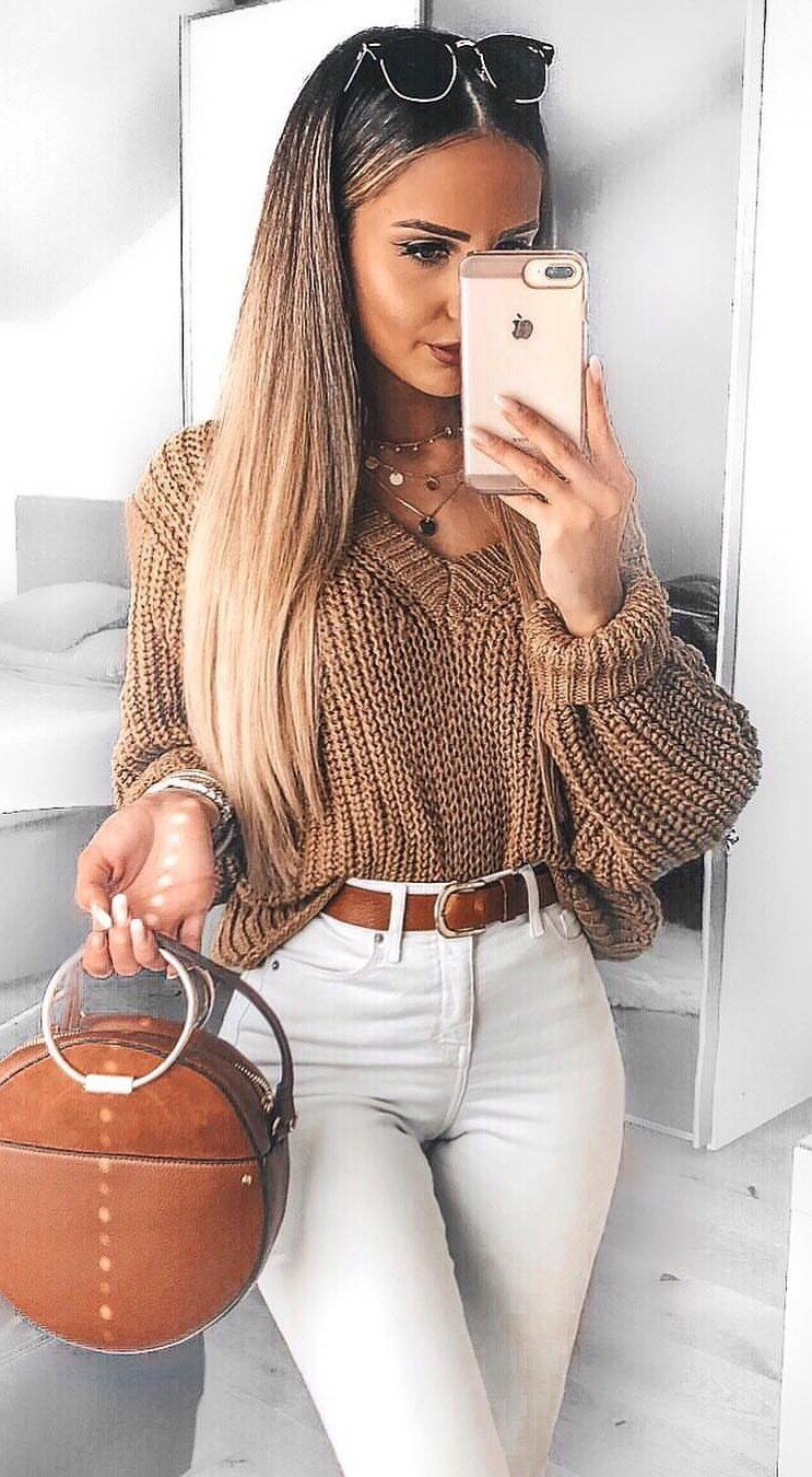 brown V-neck sweater #spring #outfits