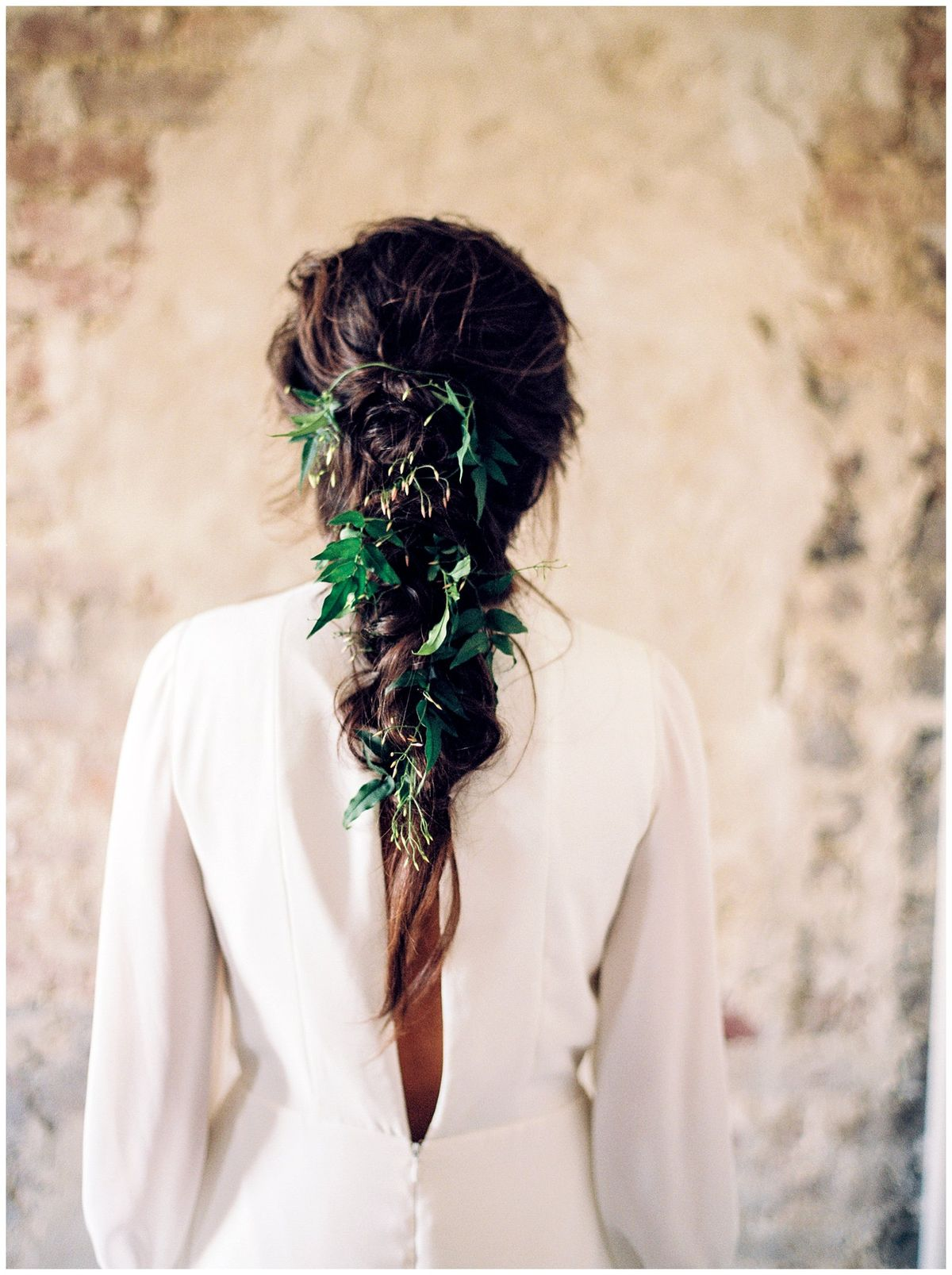 Bridal braid with greenery || The ganeys