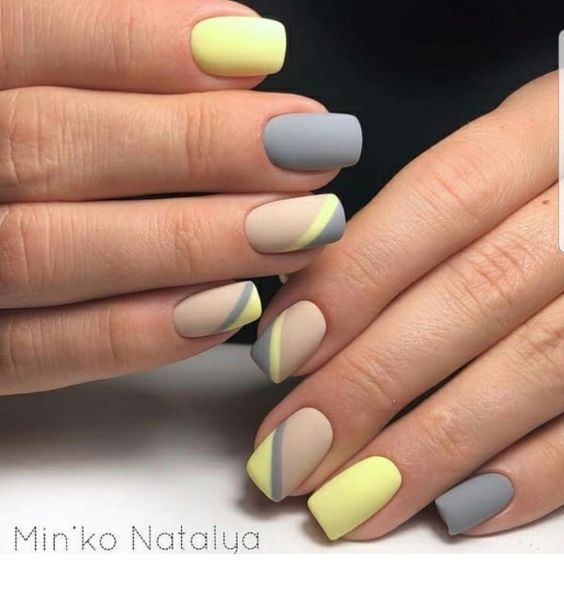 Cute matte grey and yellow nails